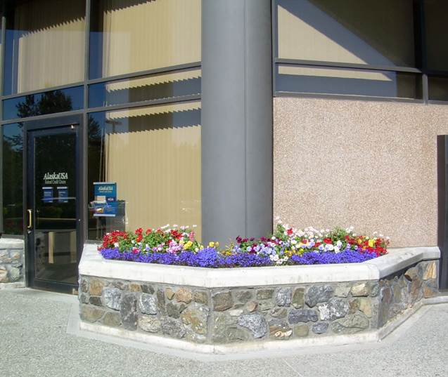 commercial-annual-flowers-planting-and-maintenance