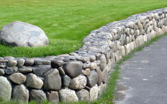 Residential-New-Construction-Landscaping-Lawn-Installation-and-Lava-Rock-Driveway-Border