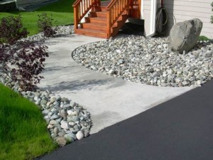 Alaska Residential Landscaping Residential Rock Border with Boulder Accent